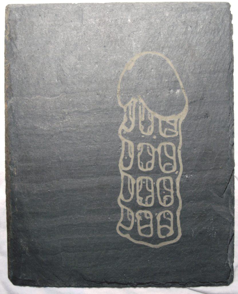 2009 OT Penissculpture Schieferlaserung AndreasGehlen 831x1024 - Ohne Titel (Laserzeichnung)